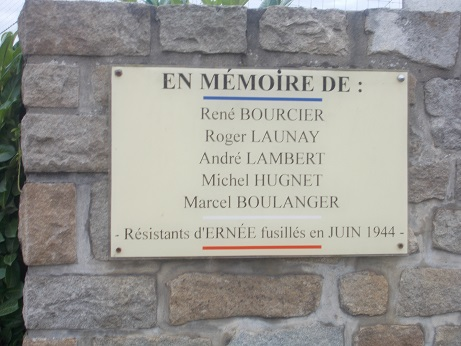 ernee-plaque-stade-pm