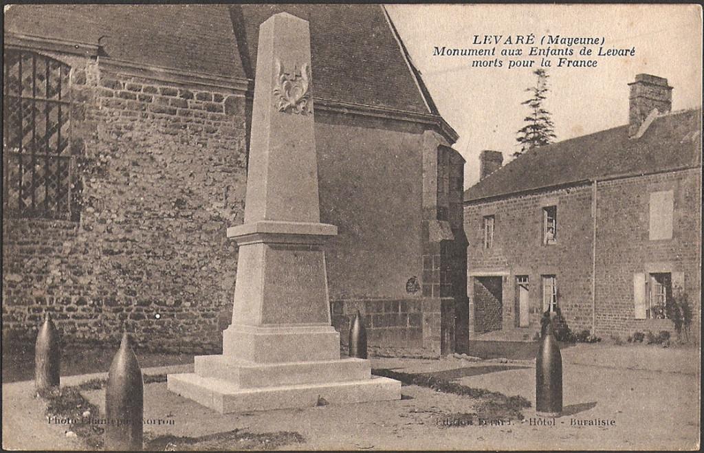 LEVARÉ-53-Monument-aux-Enfants-de-Levaré