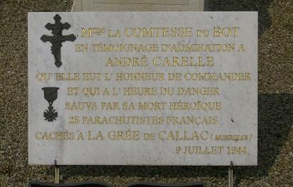Mézangers sur_la_tombe_d_andre_carelle - Copie