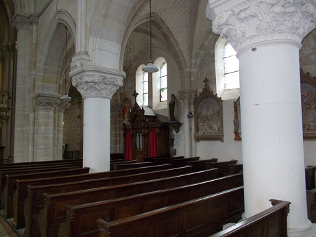 Eglise Carelles 2 - Copie