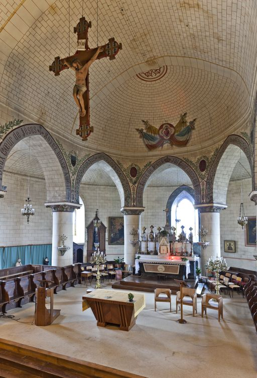 Eglise St Jean sur Mayenne P