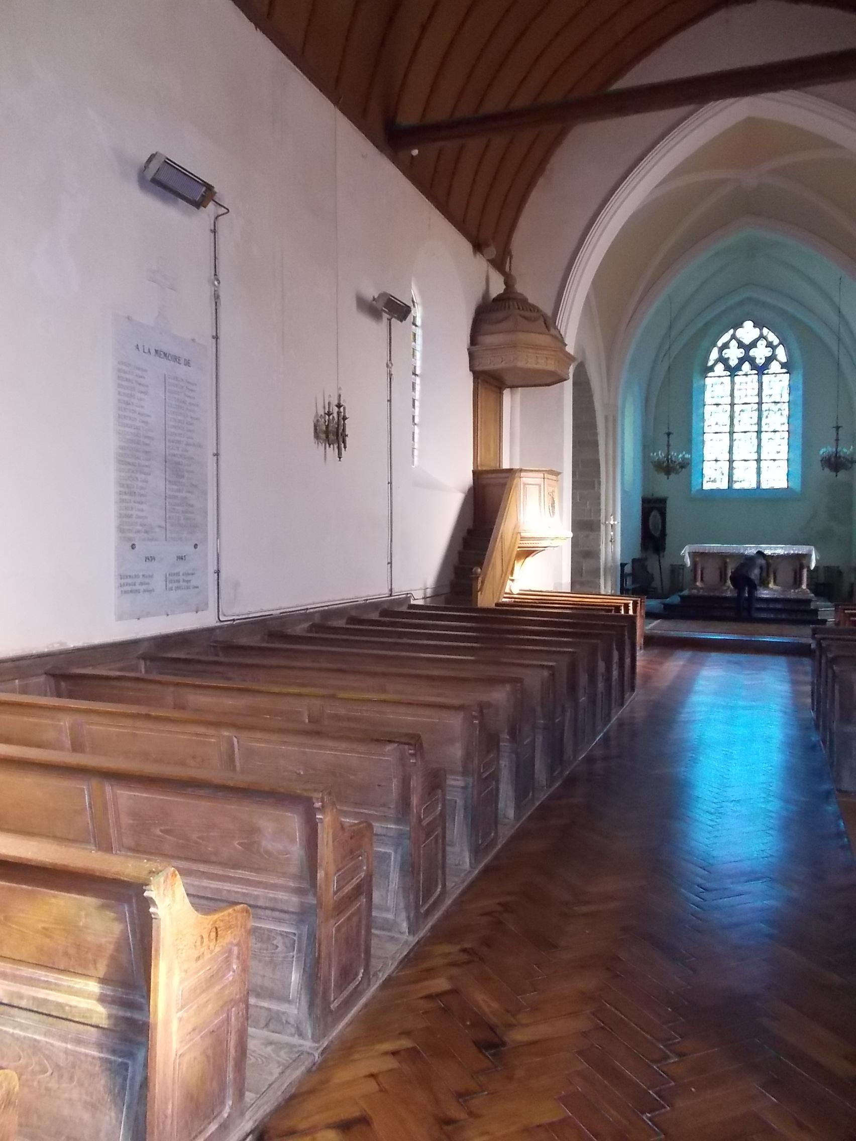 Eglise Montigné le B.